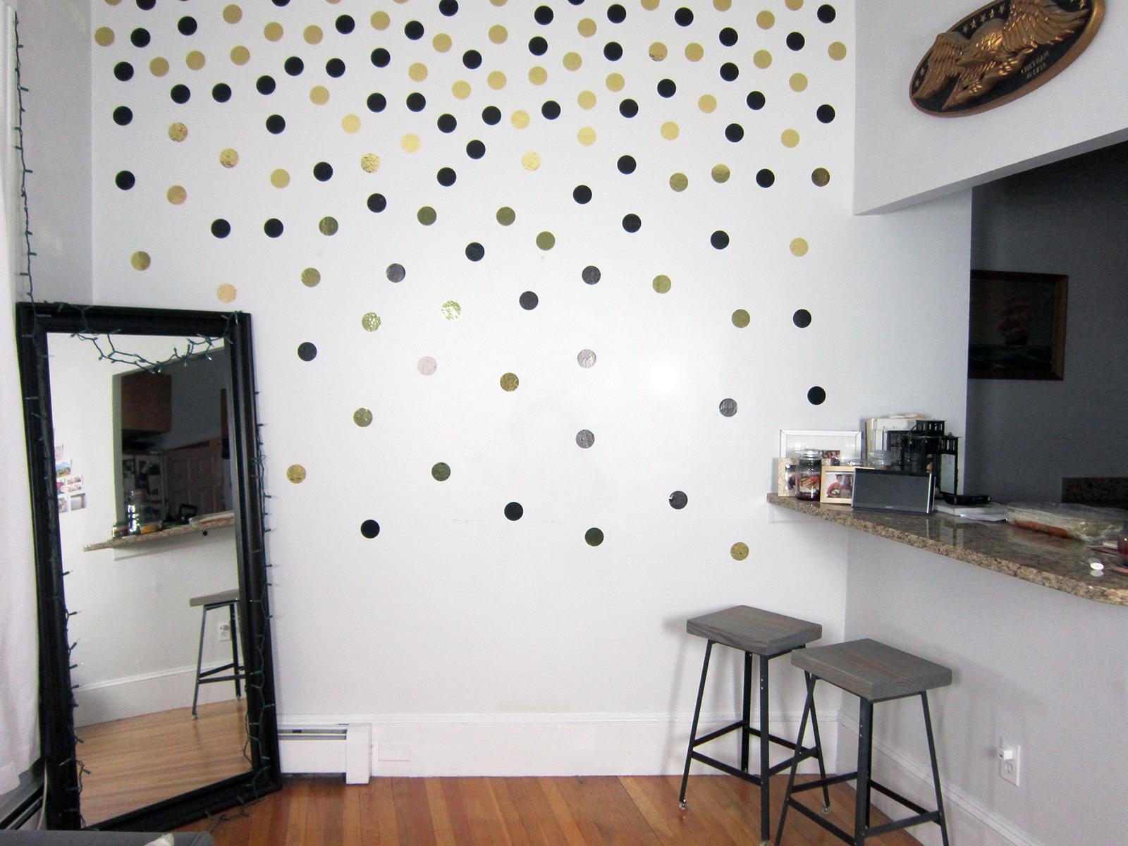 wallpops confetti dots