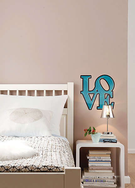 love wall quote