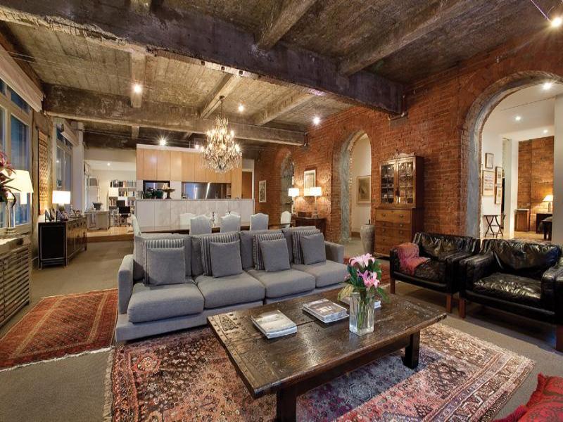 Warehouse conversion into stylish and glam loft