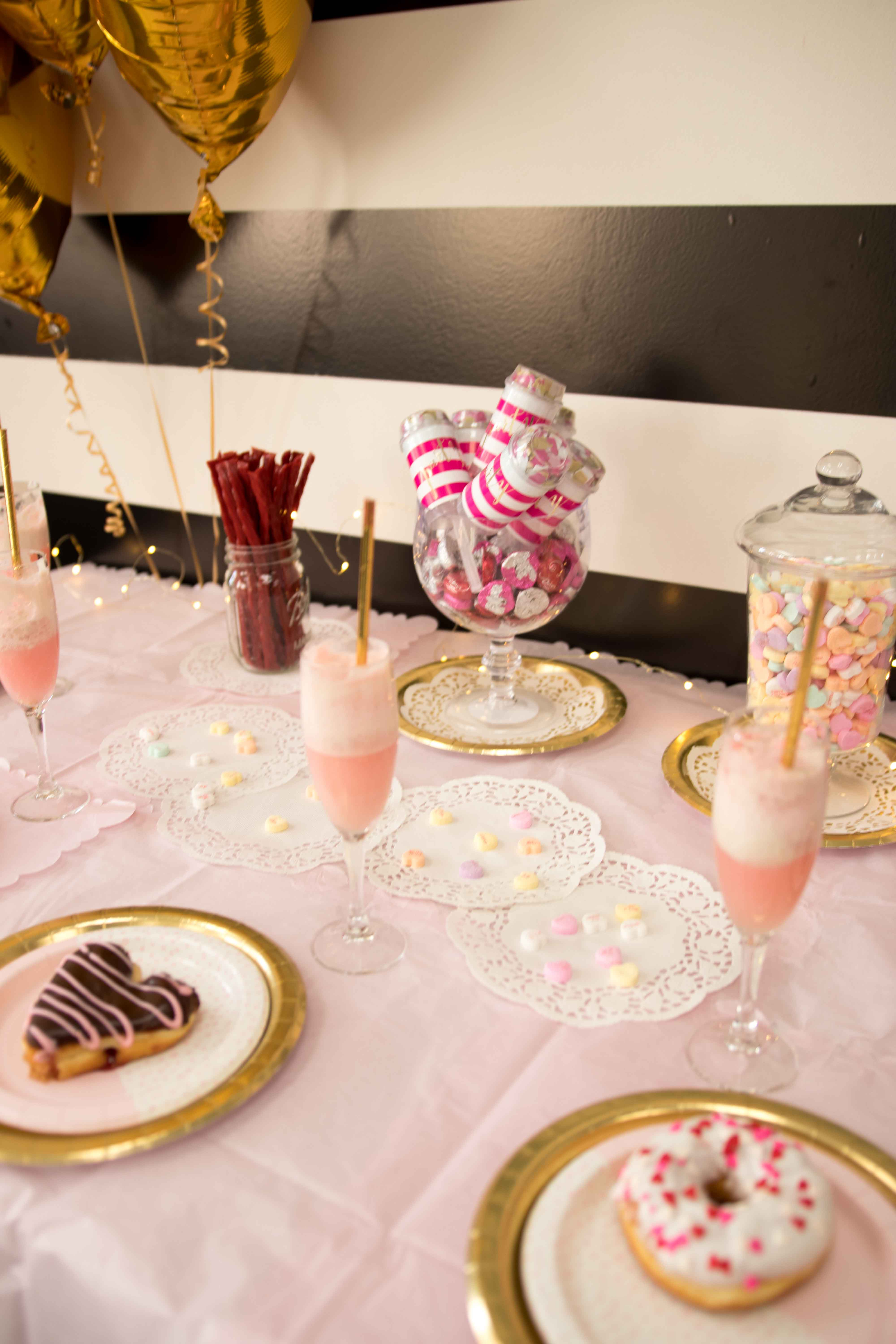 Galentine's Party Table