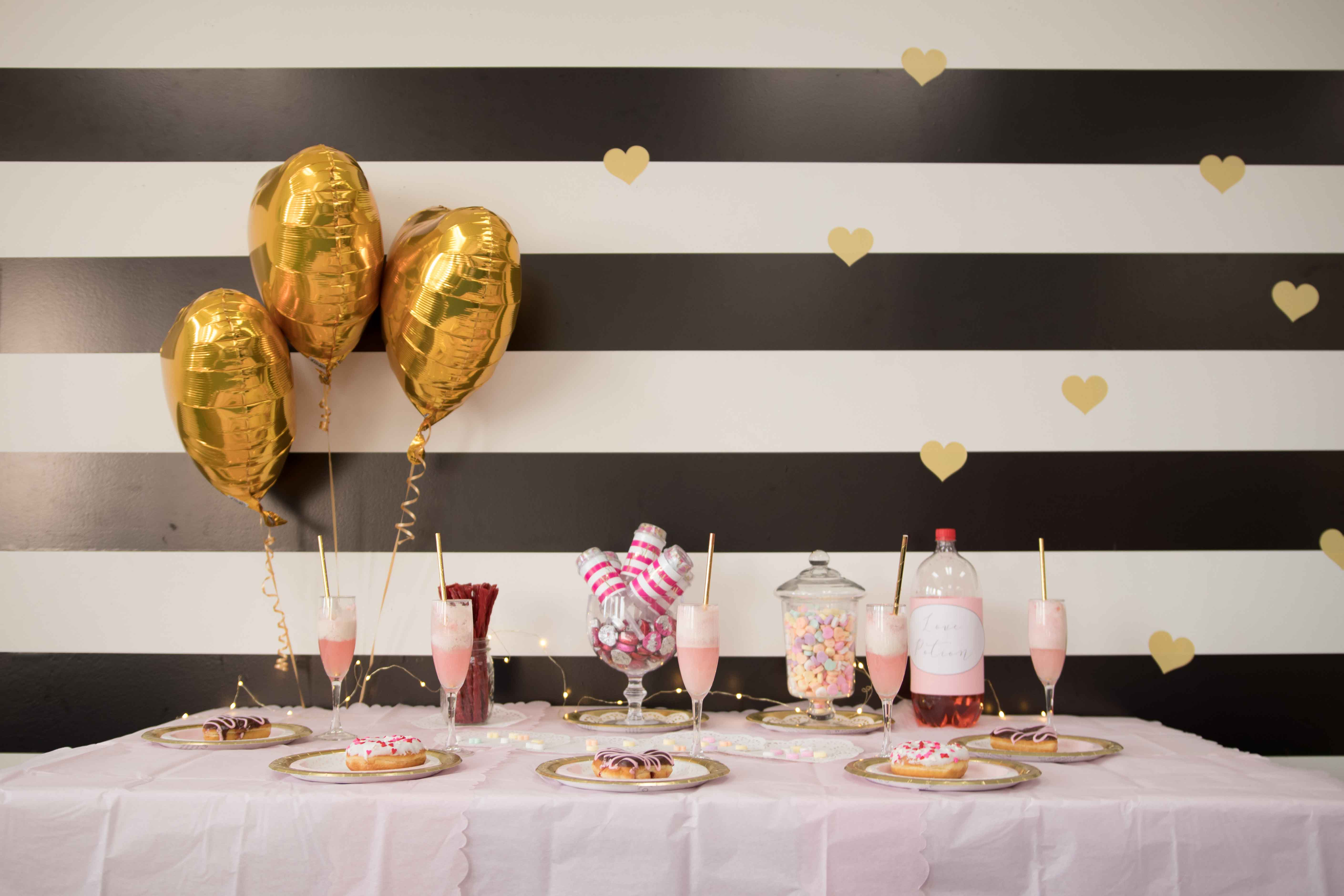 Valentine's Party Table