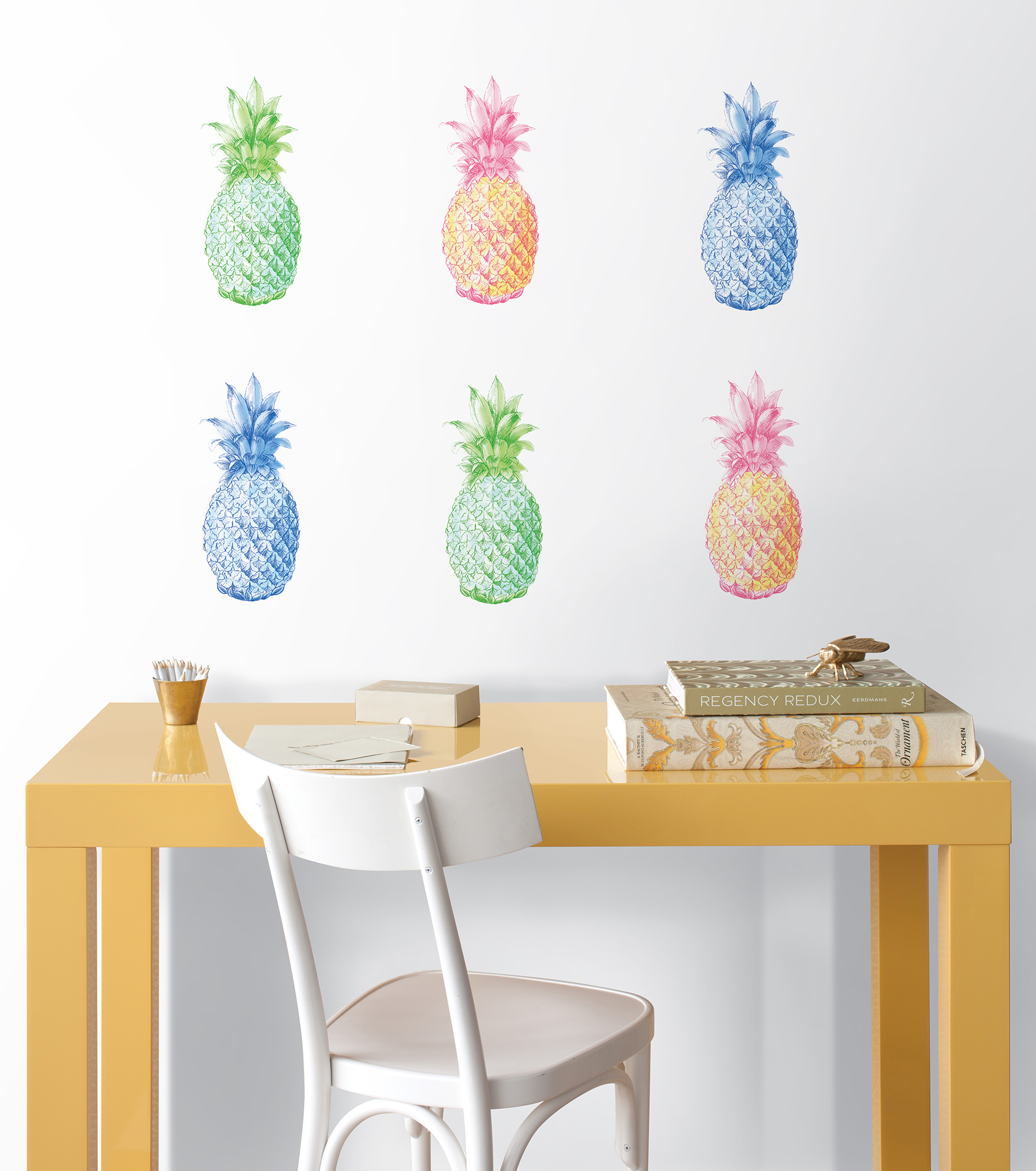 pop art pineapples